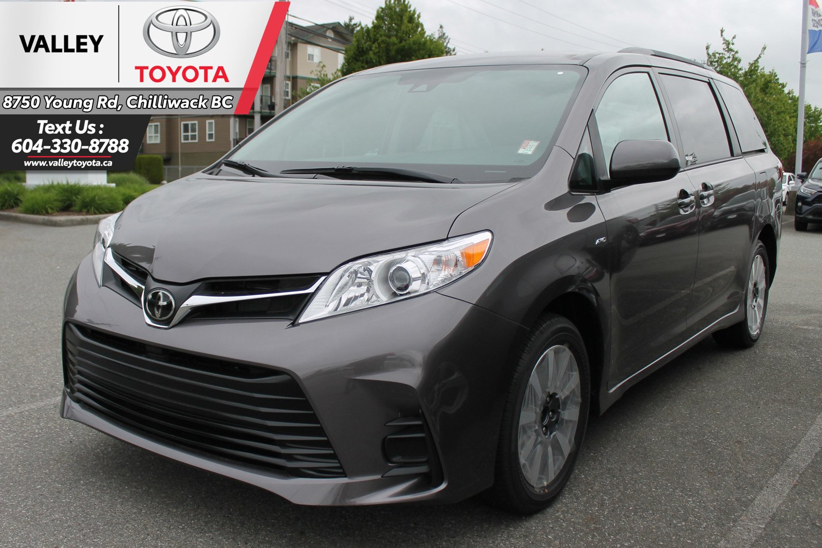 New 2020 Toyota Sienna LE AWD