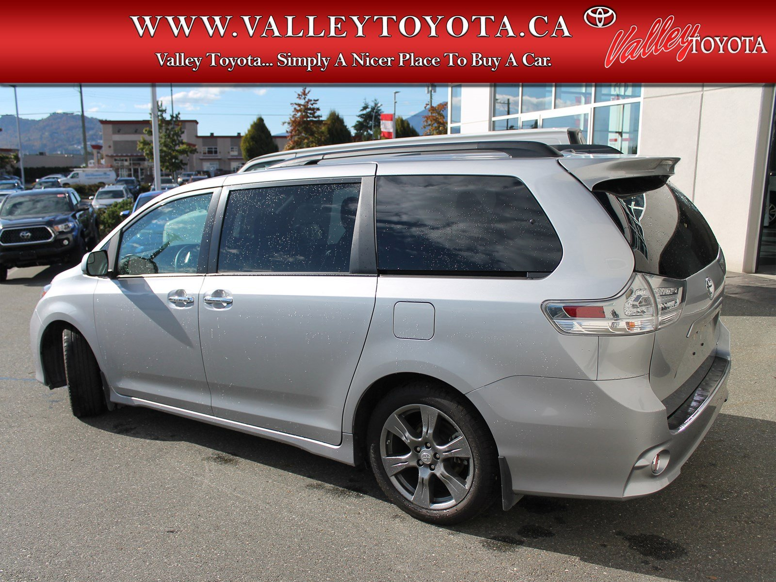 Toyota Sienna Service Manual: Open in One Side of CAN Branch Line