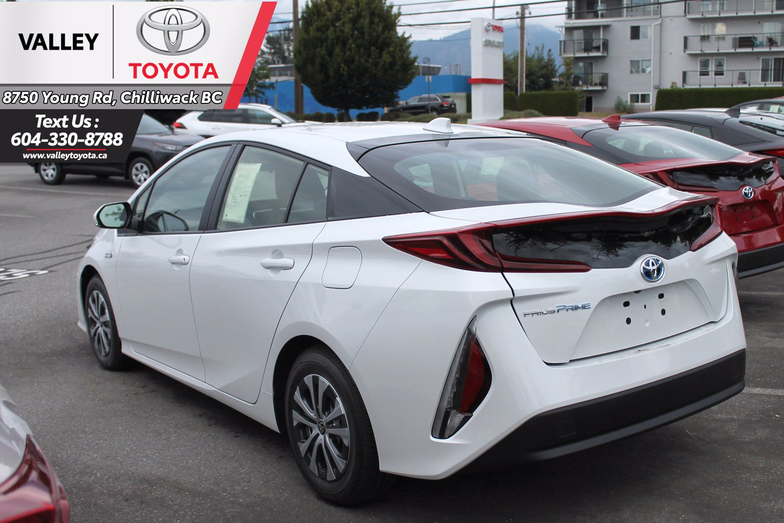 new 2021 toyota prius prime hatchback in chilliwack