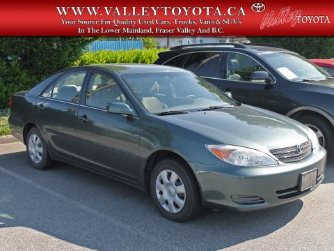Pre-Owned 2003 Toyota Camry LE Fixer-Upper