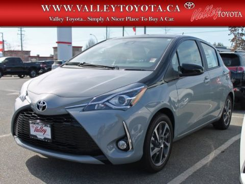 New 2019 Toyota Yaris Hatchback SE